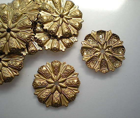 12 Brass Mirror Rosettes No By, How To Use Mirror Rosettes