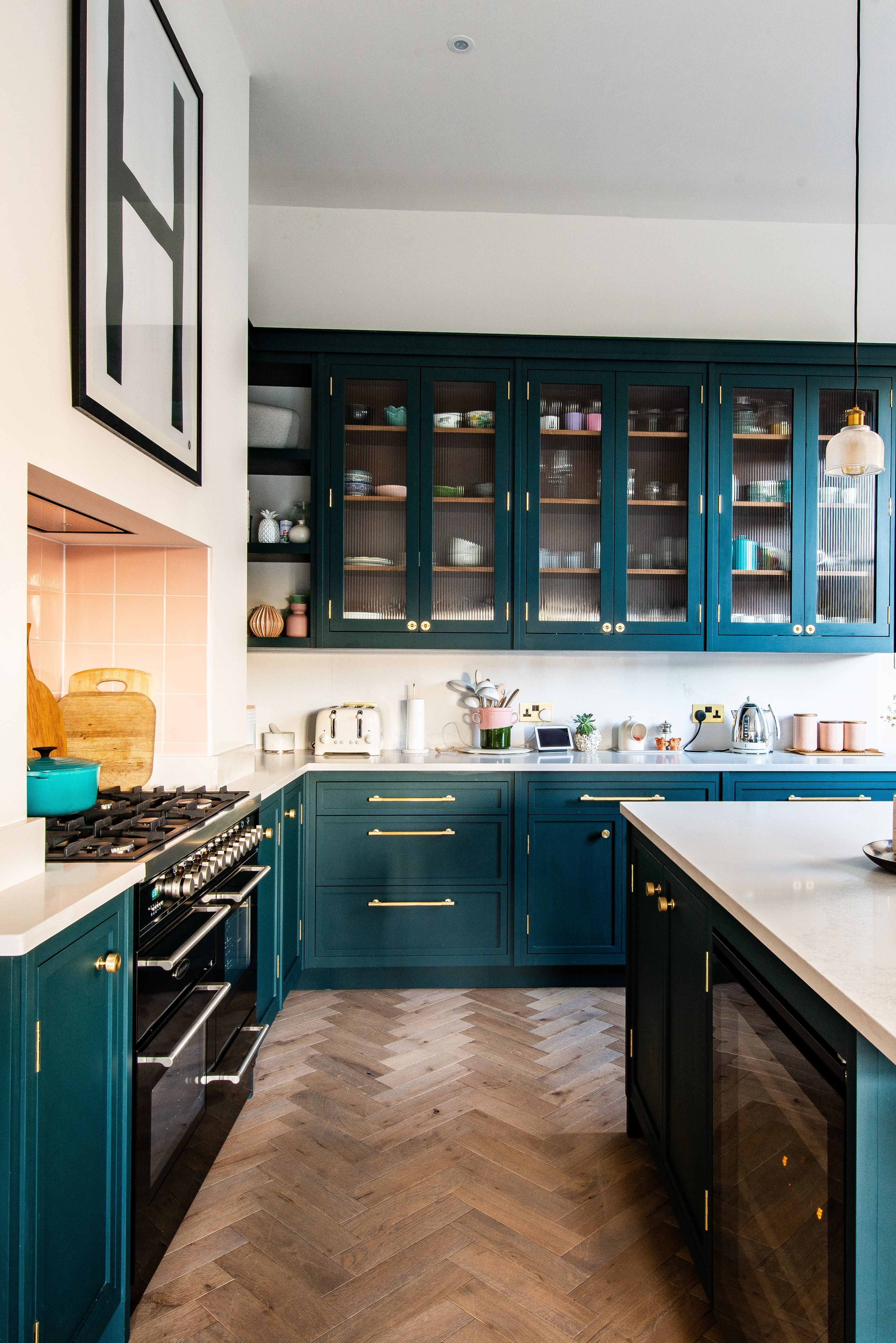 We recently designed and fitted this bespoke kitchen for