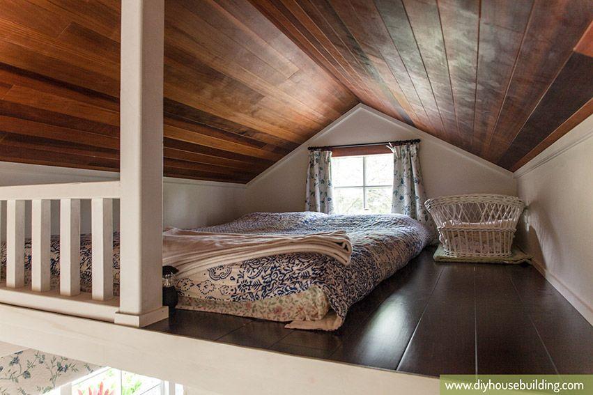 Tiny House Loft
