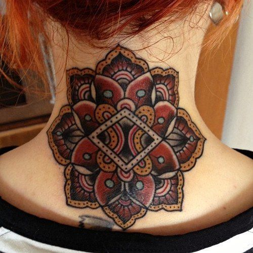 25 Best Ideas About Floral Hip Tattoo On Pinterest: Best 25+ Geometric Flower Tattoos Ideas On Pinterest