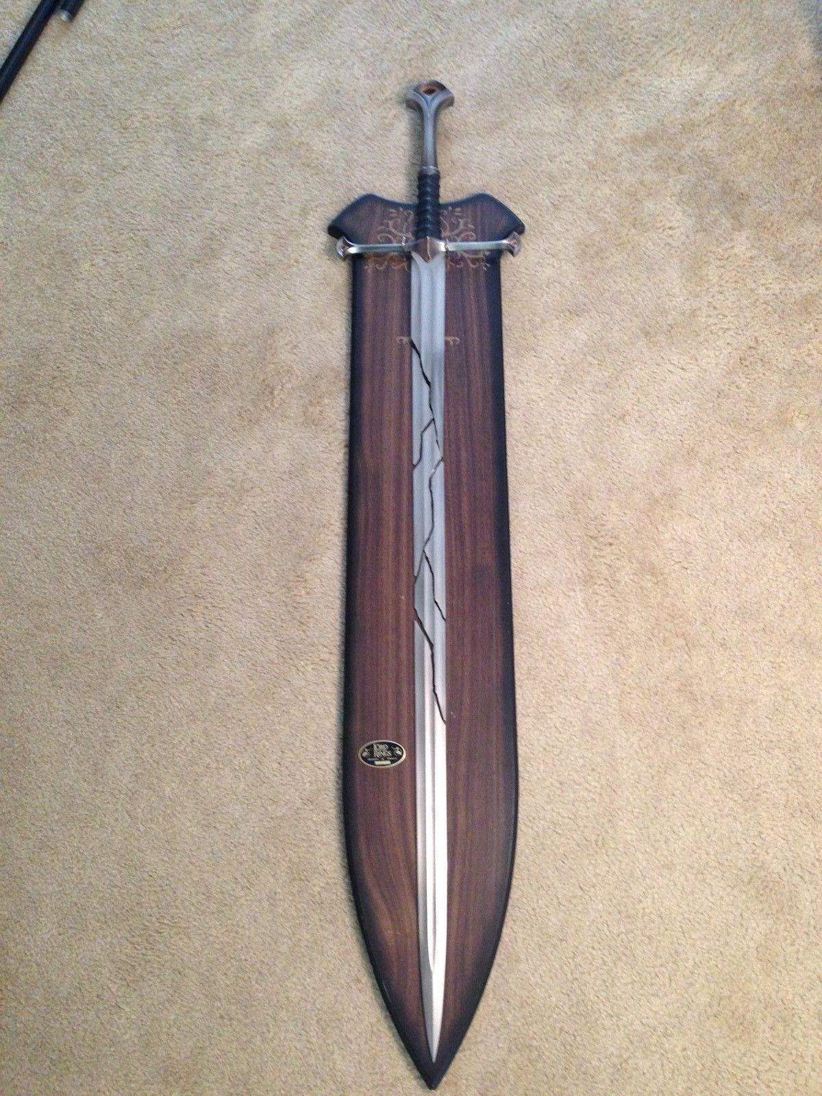 United lotr images uc1380aslb anduril jpg - Limited Edition United Cutlery Lotr Shards Of Narsil Sword Plaque Rare