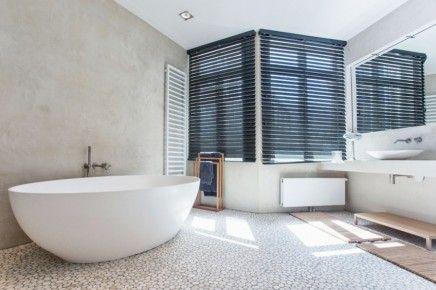 Badkamers Natuurlijke Materialen : Moderne landelijke badkamer met natuurlijke materialen bathroom