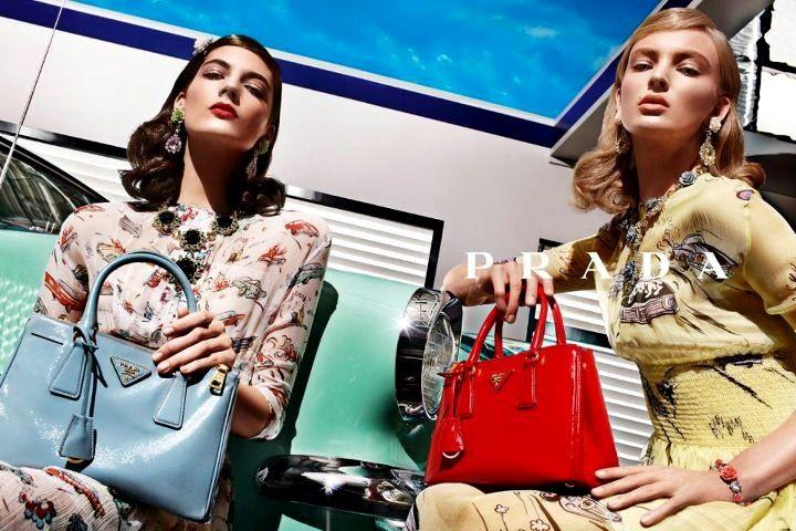 0b560c7b9c3b00 Prada - 7 Most Famous Brands for Handbags ... | Purses, Handbags ...