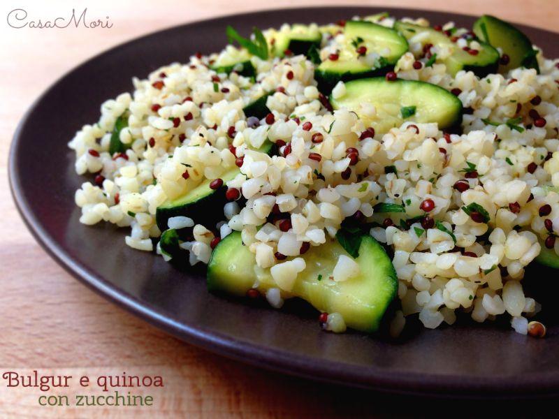 Ricetta Quinoa E Bulgur.Bulgur E Quinoa Con Zucchine E Prezzemolo Bulgur Ricette Ricette Vegetariane