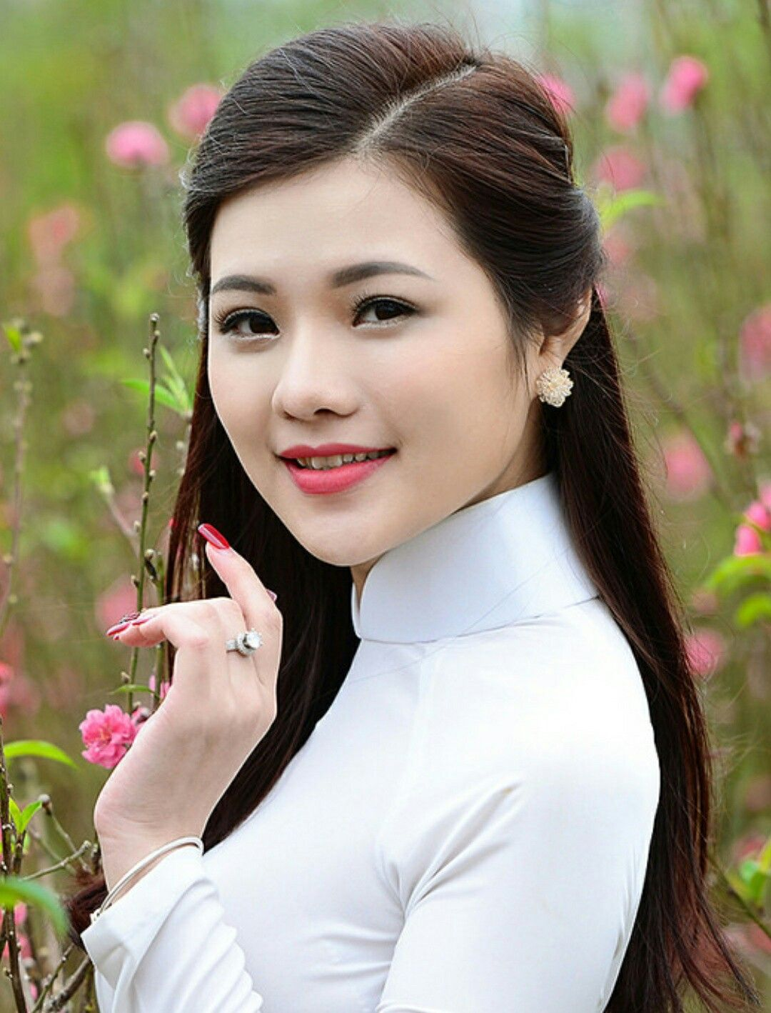 Pin By U And Me On Vietnamese Beauty  Pinterest  Ao Dai -6293