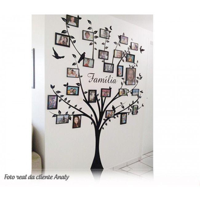 12c01966b Adesivo Decorativo de Parede de Árvore Genealógica com Fotots e Molduras -  FAMÍLIA