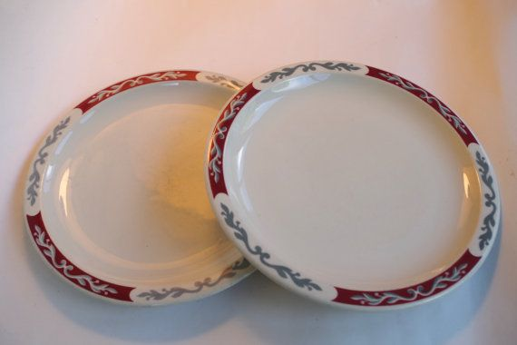 Set of Two Vintage 1950s Syracuse Diner Style Dinner Plates & Set of Two Vintage 1950s Syracuse Diner Style Dinner Plates | Plate ...