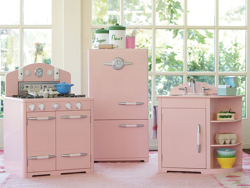 The Cadillac Of Play Kitchens