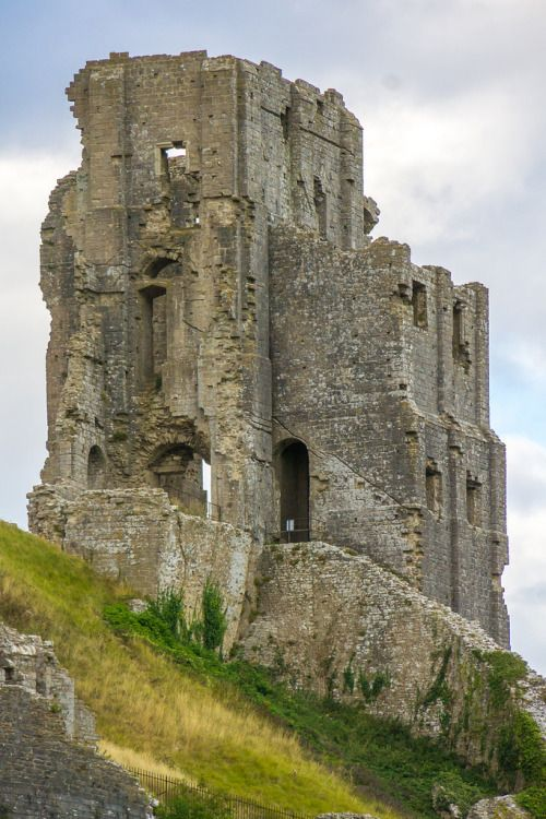 Corfe Castle, Dorset, England by Tim Easley
