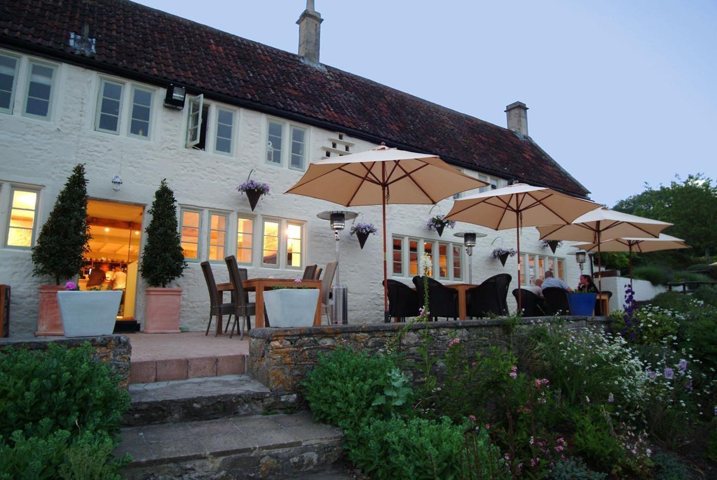 Wheatsheaf Pub B&B in Bath and North East Somerset Pub