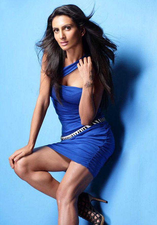 Bollywood actress anushka sharma hot photoshoot vogue 2019 ...