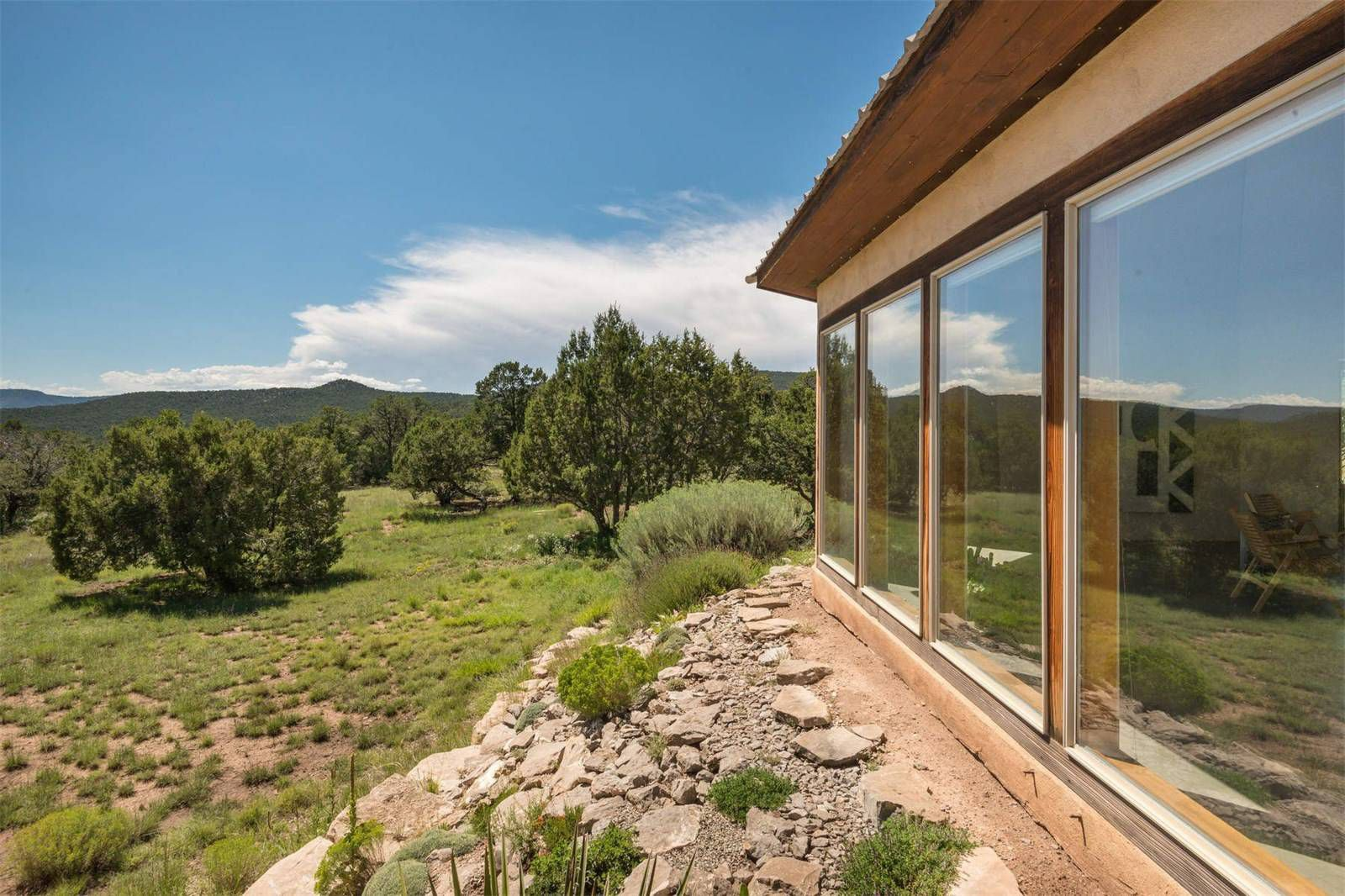 Artists new mexico retreat lists for 560k desert homes