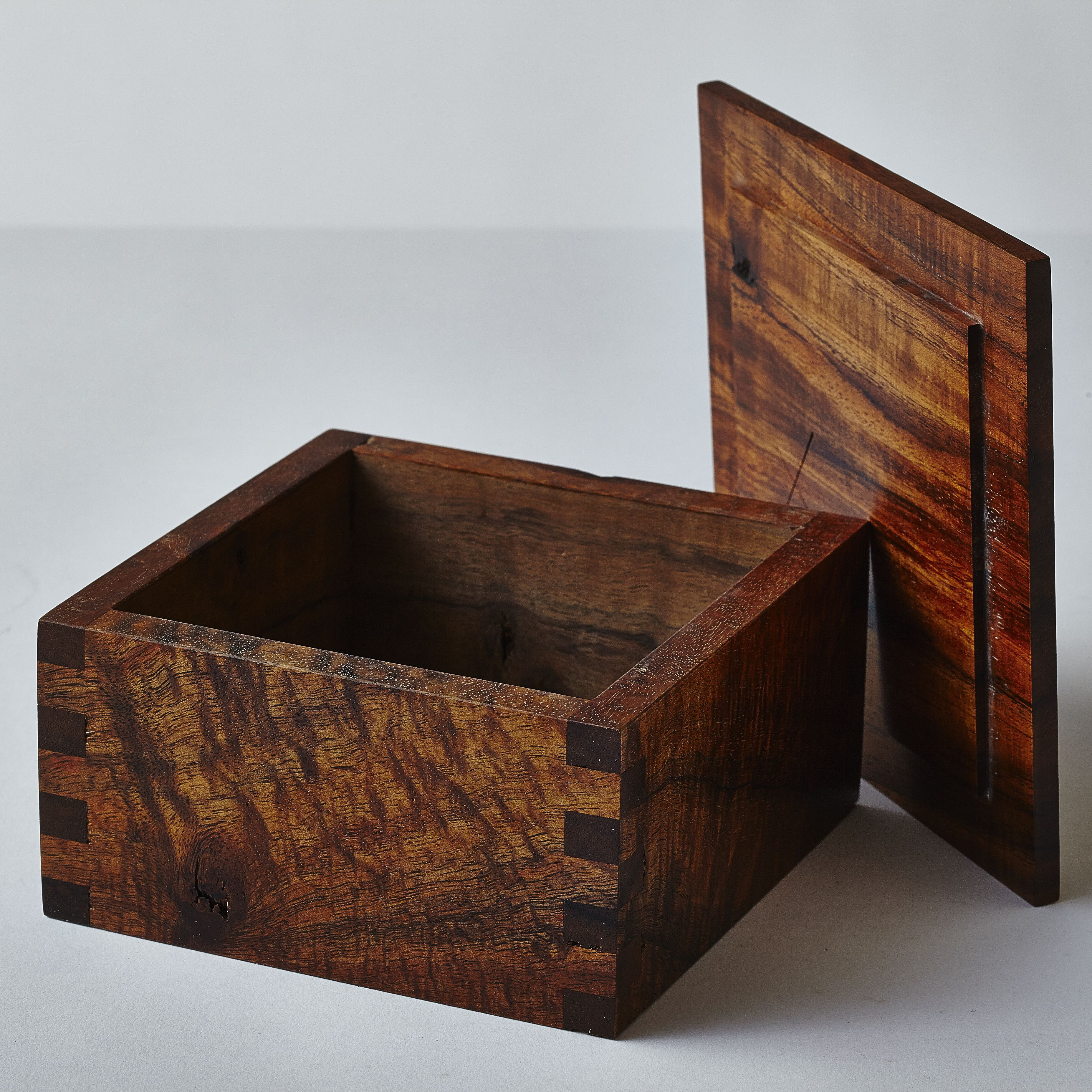 koa box with lid woodworking project inspiration pinterest box woodworking and wood boxes. Black Bedroom Furniture Sets. Home Design Ideas