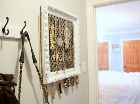 Make your own jewelry organizer with vintage or thrifty picture