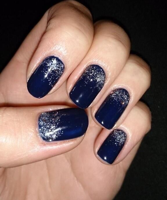 Adorable Blue Nail with Silver Sparkles