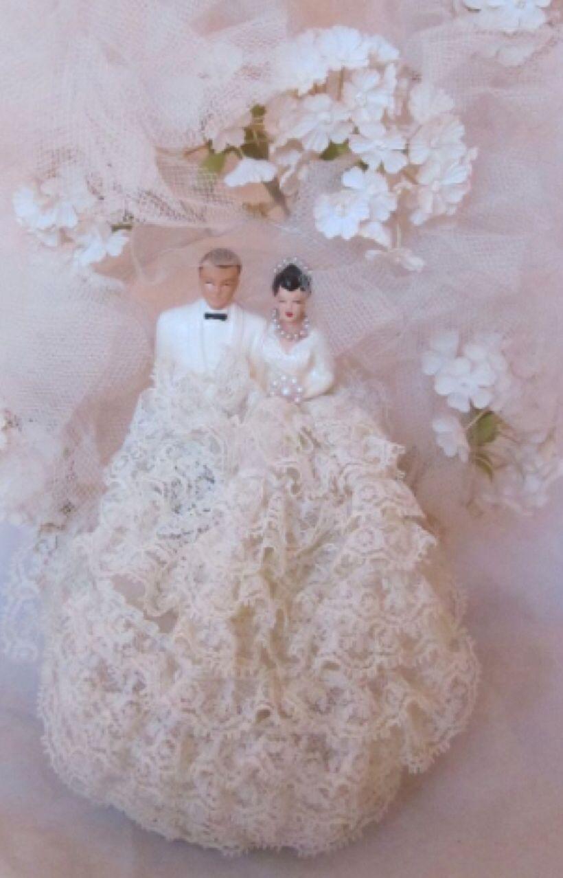1940 wedding dress  Bride and groom wedding cake topper  Coast Novelty Co  Top