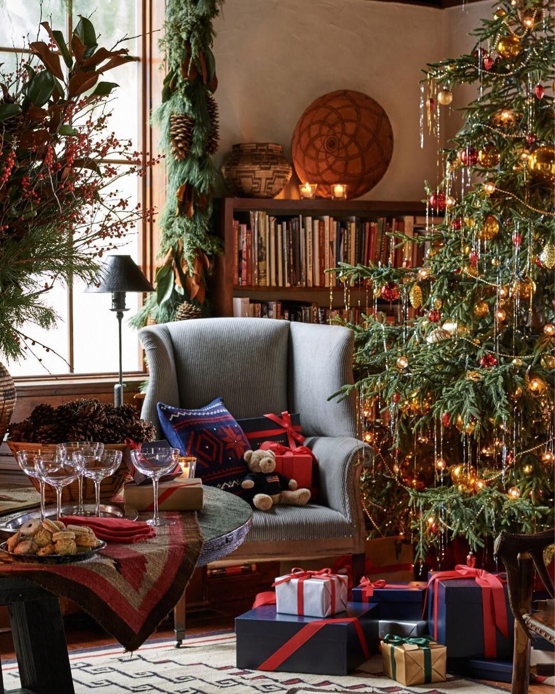 Ralph Lauren Home Ralphlaurenhome On Instagram A Ralphlaurenhome Retreat As Refined As I Christmas Interiors Christmas Home Classic Christmas Decorations
