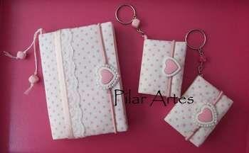 Caderno decorado com tecido.