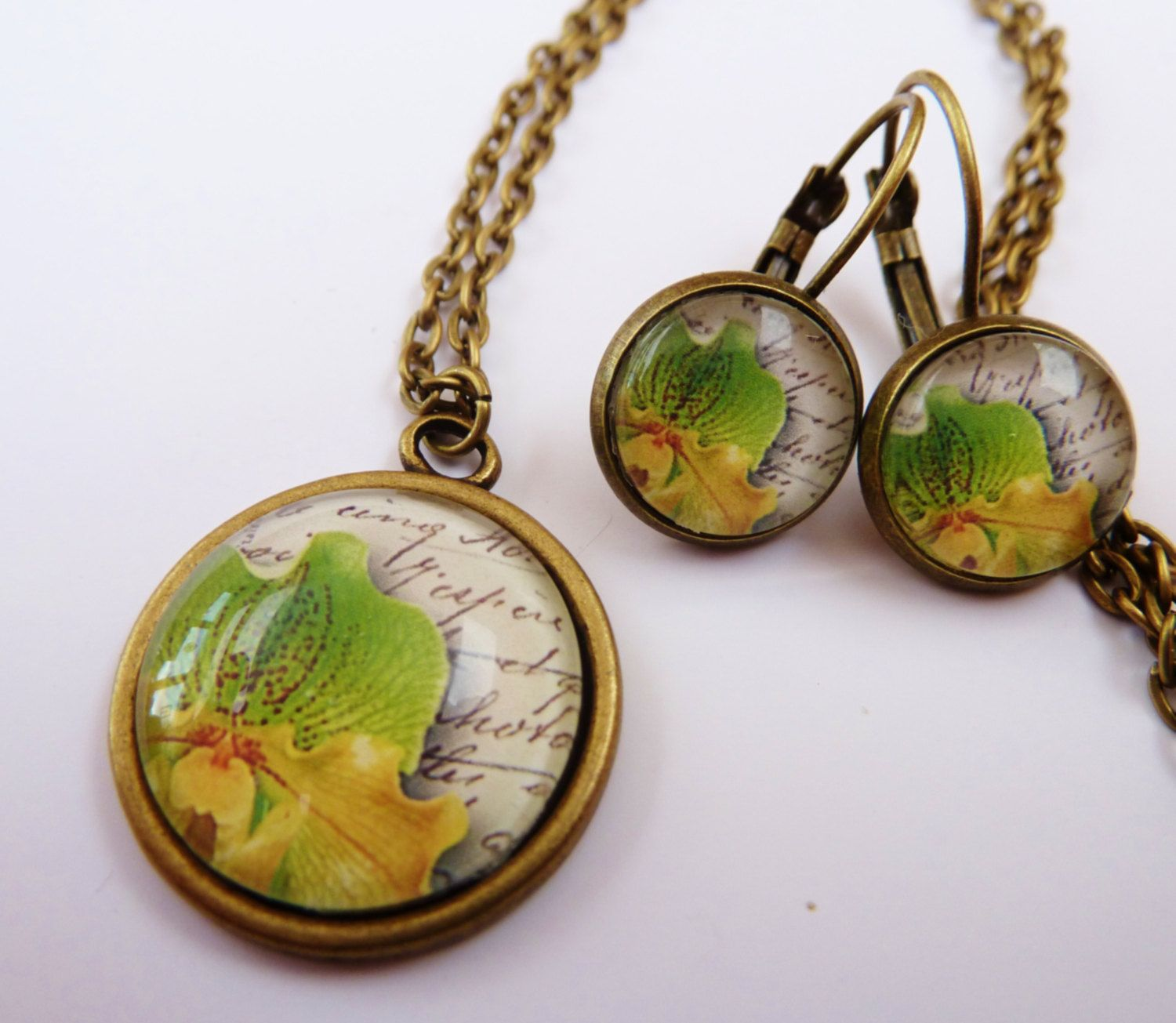 Beautiful jewelry set in bronze with necklace and earrings, also available separately, orchid, flower, round, bronze earrings, glass jewelry - pinned by pin4etsy.com