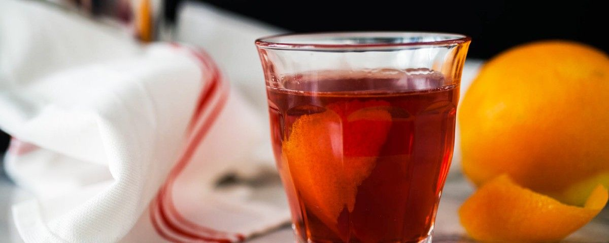 The Perfect Negroni Cocktail Recipe | MUNCHIES