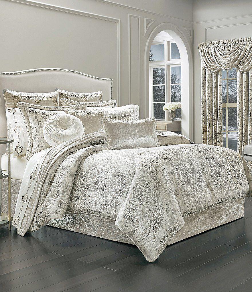 J. Queen New York Dream Damask Comforter Set Comforter