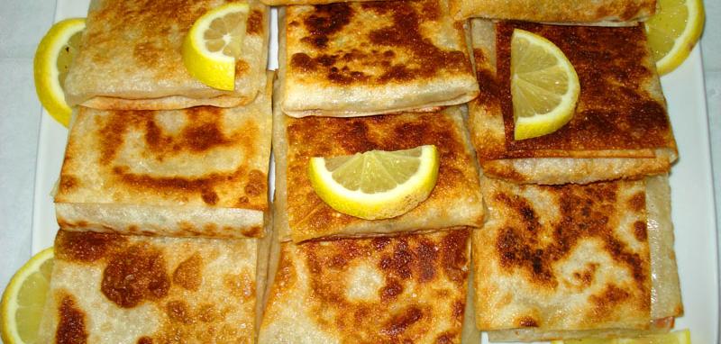 طريقة عمل المطبق اليمني على اصوله طريقة Middle Eastern Recipes Food Food Dishes