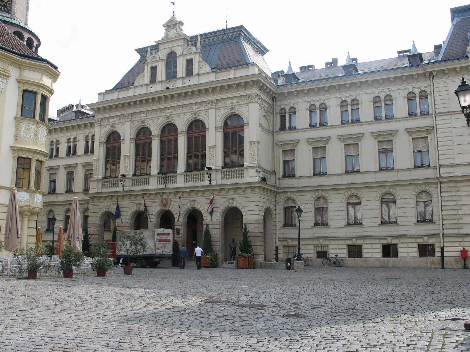 http://szeretlekmagyarorszag.blogspot.hu Sopron városháza - Hungary