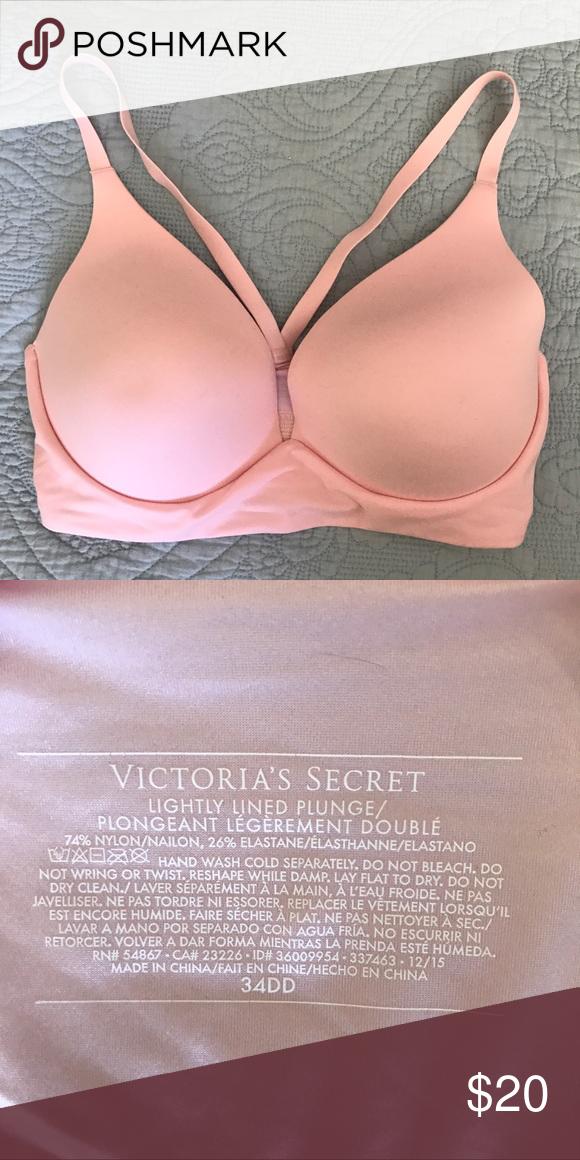420ee18ed8 Victoria s Secret Wireless Plunge Bra Brand new
