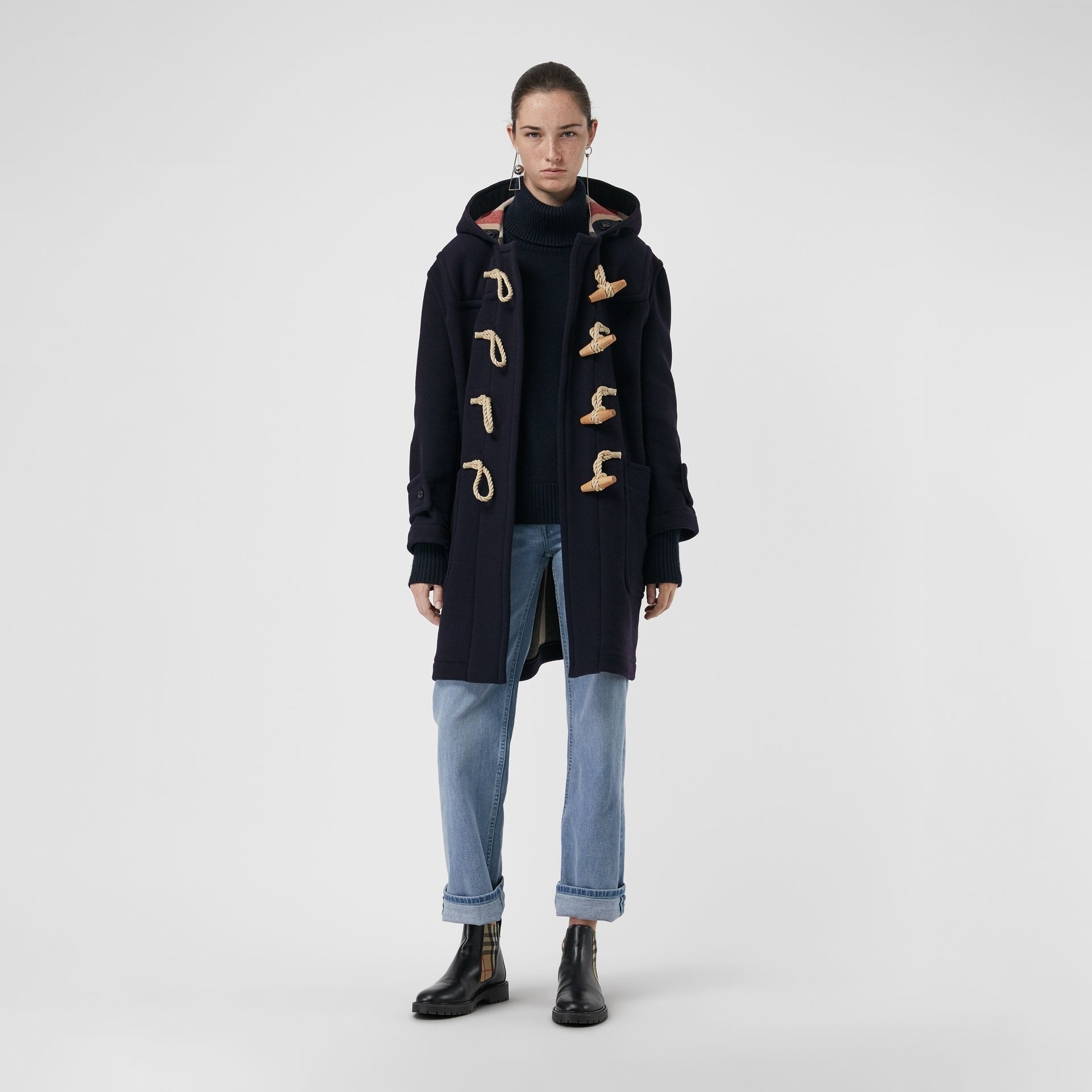 77b271a4520e Women s Clothing   Повседневная одежда   Duffle coat, Burberry, Coat