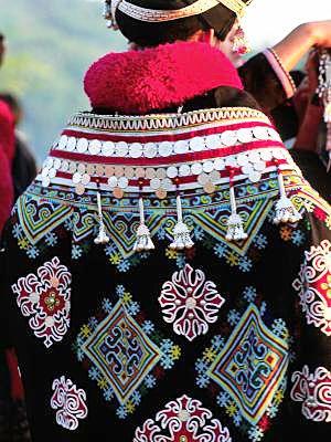 アジアンファッション エスニックファッション民族別紹介 Naver まとめ Folk Clothing Hmong Clothes Vietnam Costume