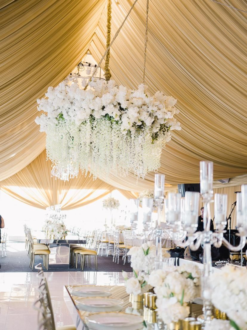 Timelessly Elegant Gold And White Wedding In Los Angeles With Images Wedding Decor Elegant London West Hollywood Wedding West Hollywood Wedding