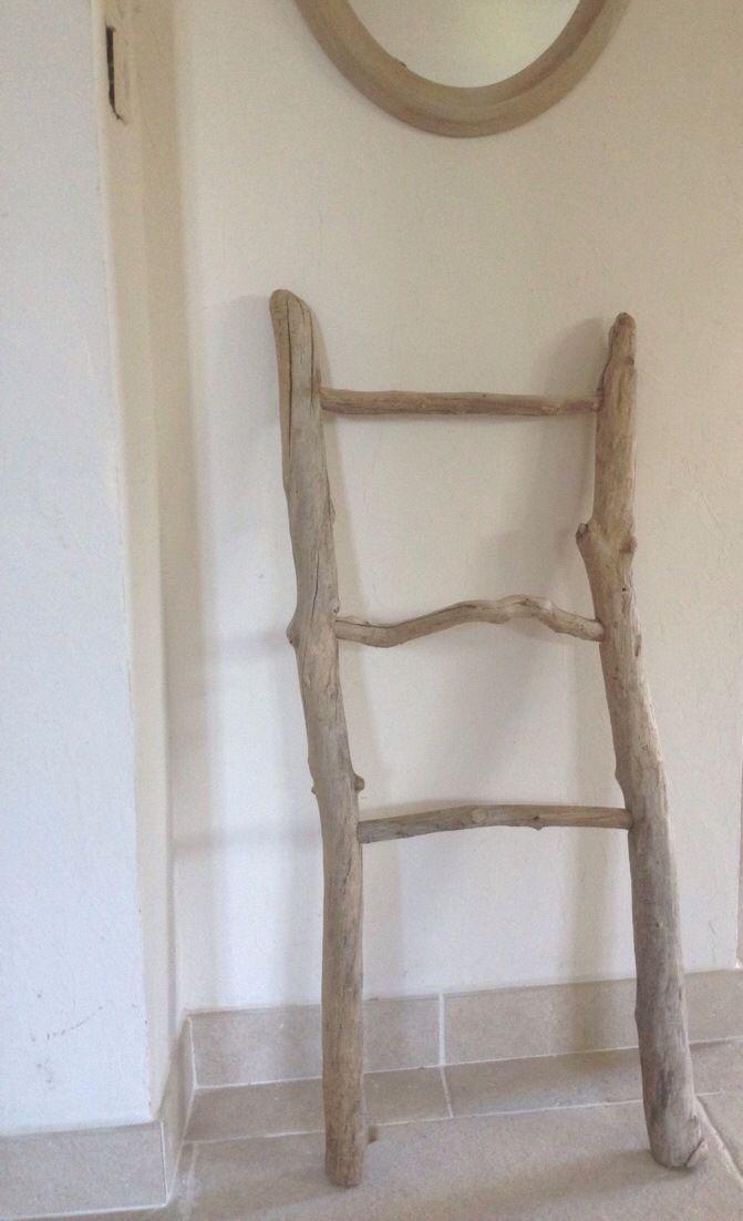 porte serviettes plaids v tements en bois flott. Black Bedroom Furniture Sets. Home Design Ideas