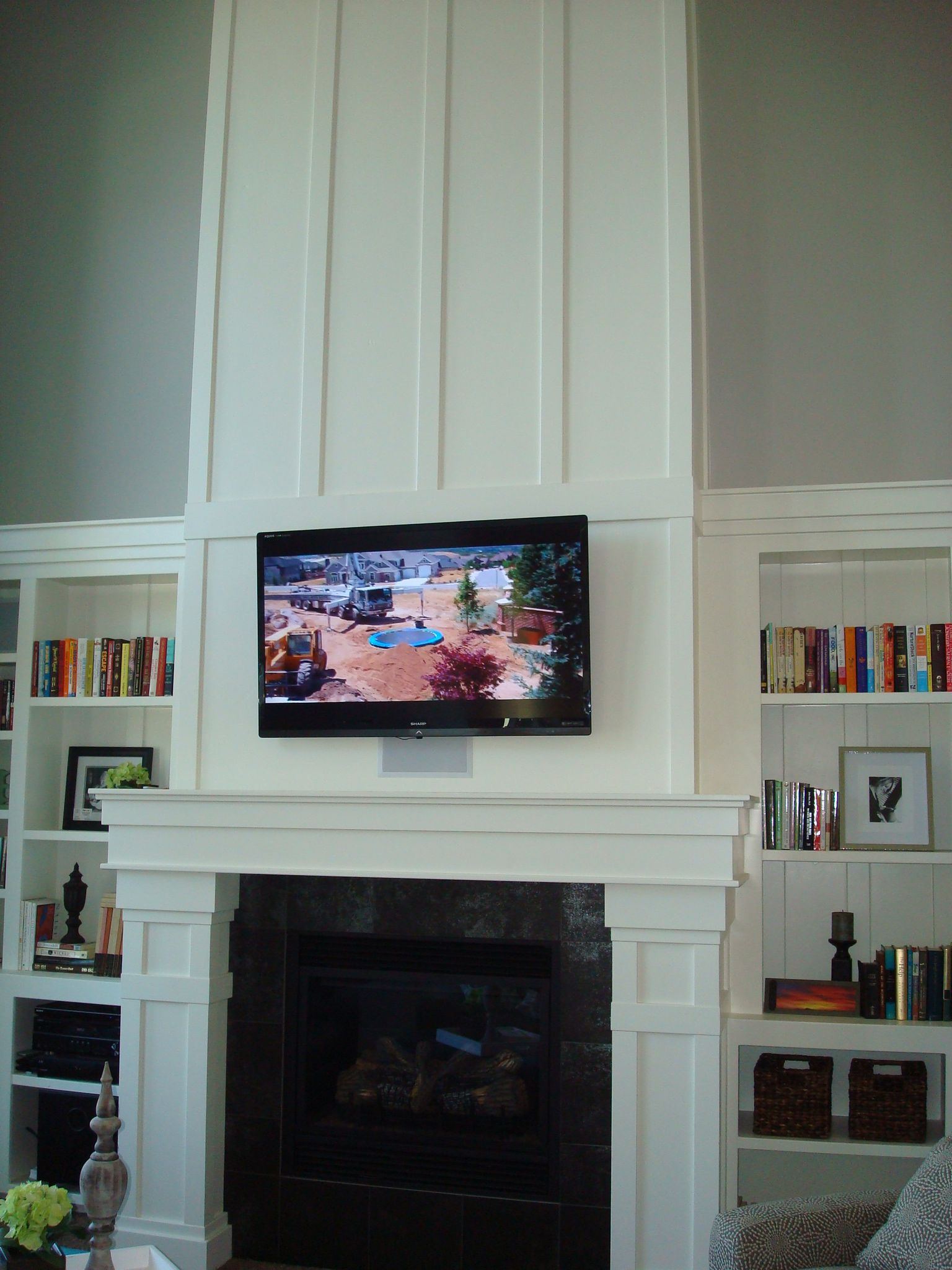 Craftsman Fireplace And Paneled Part Above