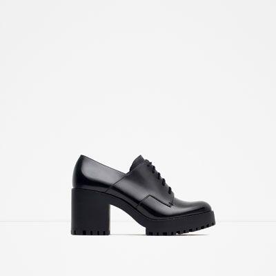 ZARA DAMES DERBY MET TRACKZOOL | Zapatos, Zapatos zara y