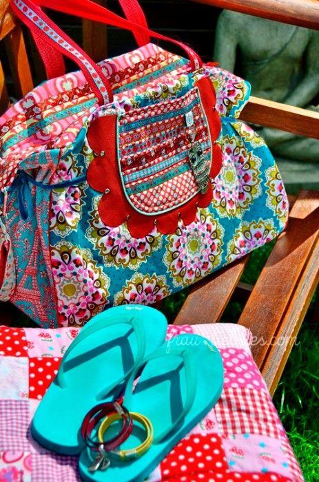 FLORA BELLA instrucciones de patrón de costura creative ebook bag color mix  – Bolsa