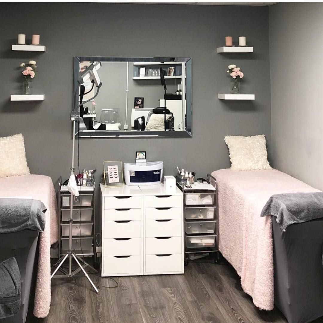 "Lash Room Decor & More! on Instagram: ""Clean and organized ✨ with amazing decor combination ✨grey is a varsitale neutral shade easy to combine with any color!  By…"" #lashroomdecor"