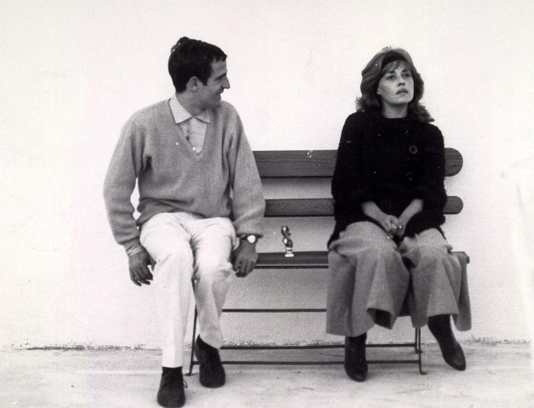 Director Francois Truffaut And Jeanne Moreau On The Set Of Jules Et Jim Jeanne Moreau Jules And Jim Francois Truffaut