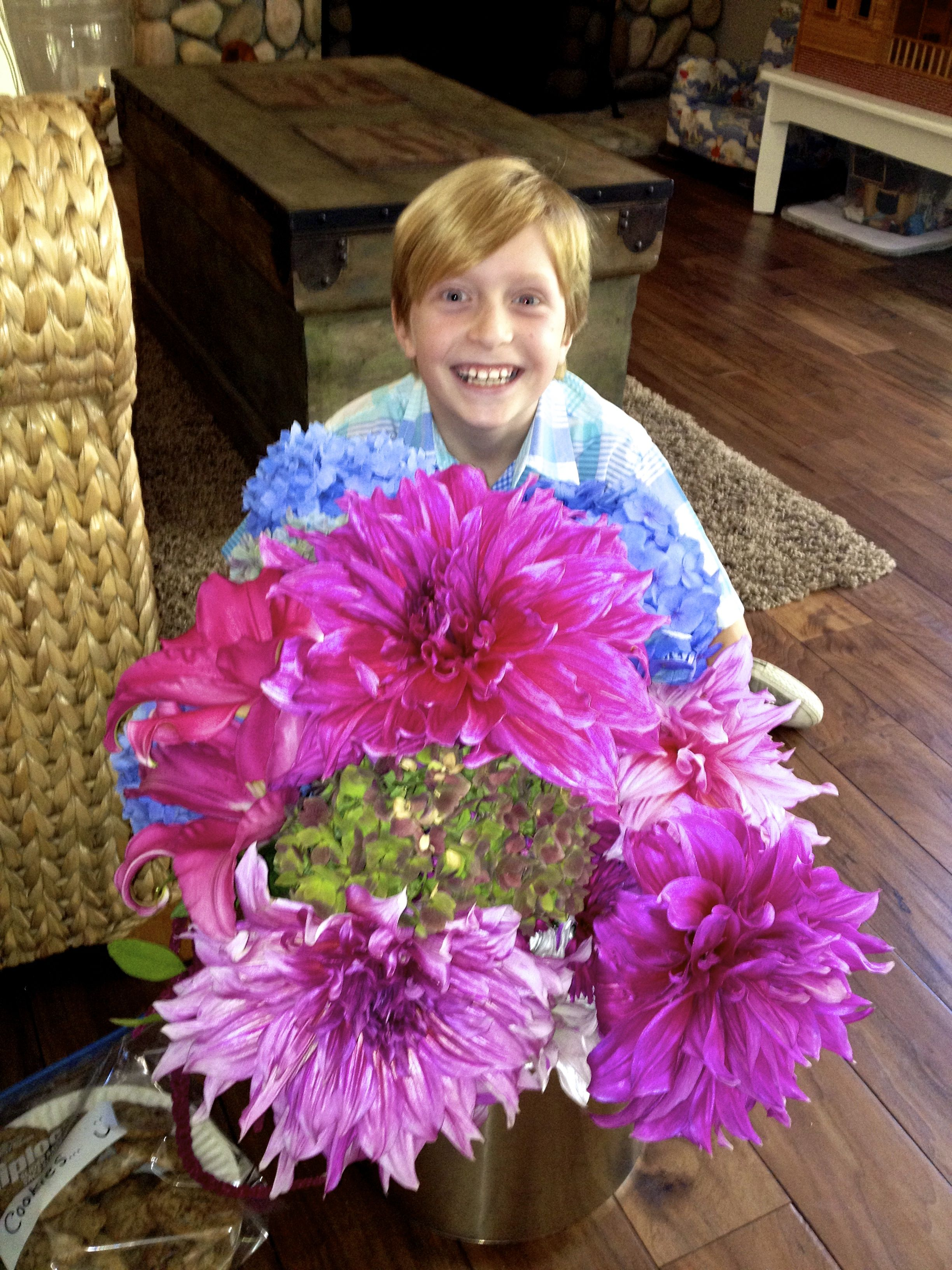 GIANT \  Dinner Plate \  Dahlias from Grandma\u0027s ...  sc 1 st  Pinterest & GIANT \