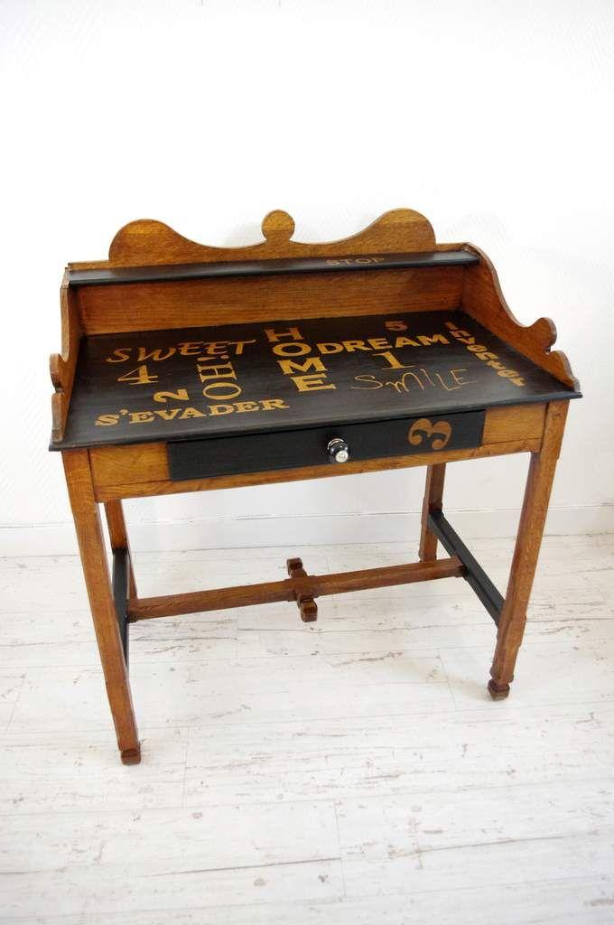 Bureau Chic Noir Et Lettres Bois L Abracadabroc Bureau Bois Lettres En Bois Armoire Bureau