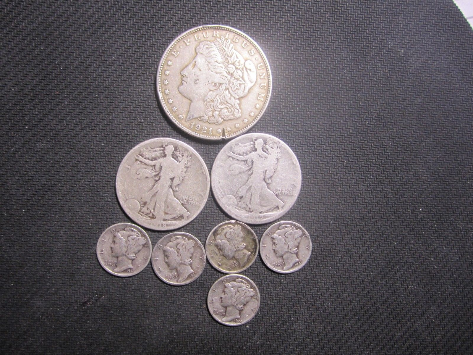 """#New post #Buy Silver Coins and bid on ACTUAL SILVER WEIGHT--1.79 Silver Troy Ounces  http://i.ebayimg.com/images/g/GhIAAOSw32lYvFT3/s-l1600.jpg      Item specifics   Seller Notes: """"Morgan Dollar has a rim nick""""       Circulated/Uncirculated:   Circulated   Composition:   Silver     Strike Type:   Business      Buy Silver Coins and bid on... https://www.shopnet.one/buy-silver-coi"""