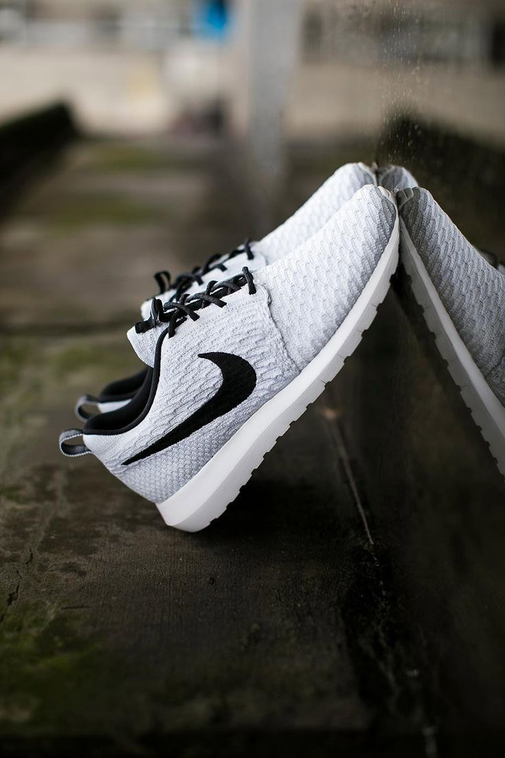 NIKE Roshe Run NM Flyknit. More style news, suit reviews, tips & tricks