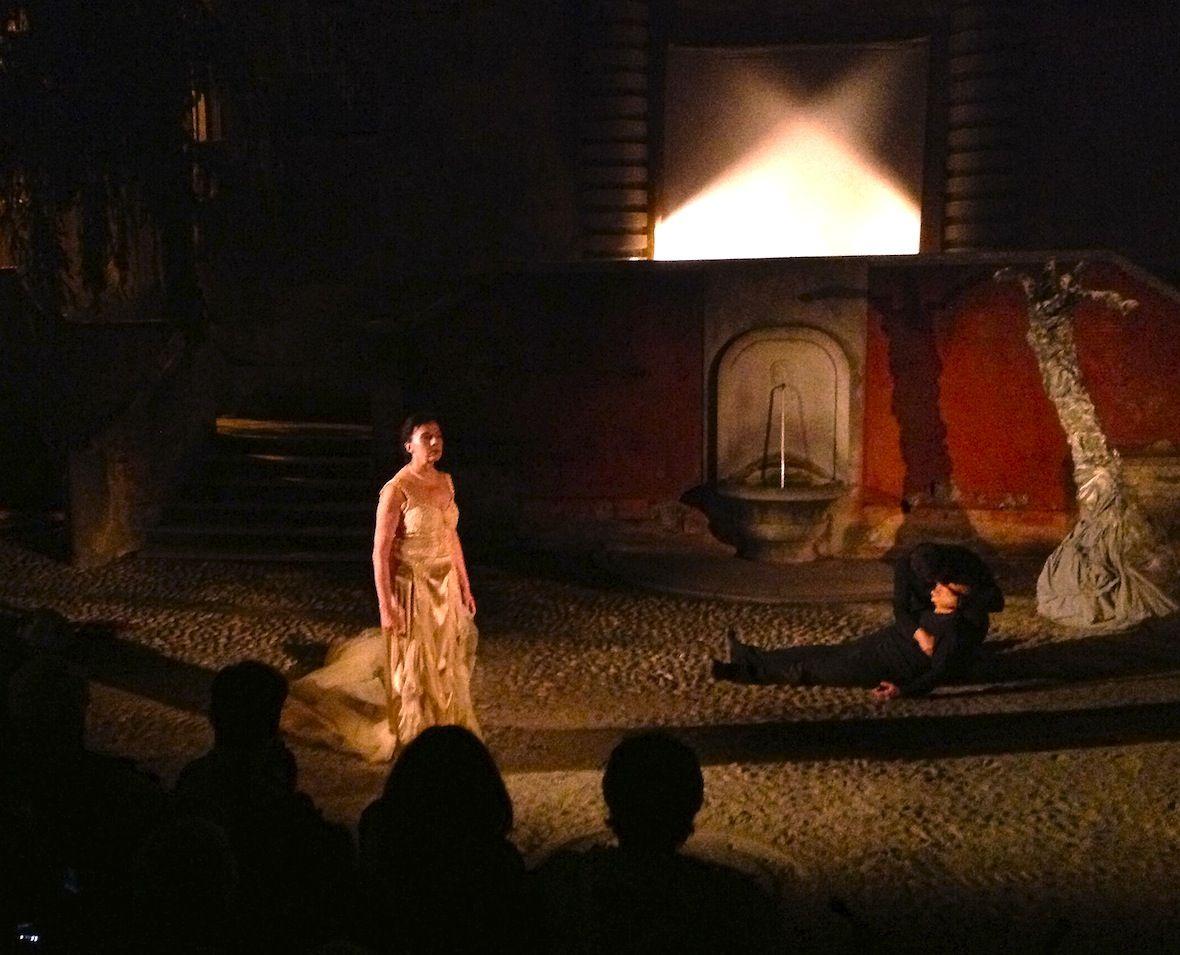 """UN LUNGO ADDIO - (da """"La casa bruciata"""" - opera teatrale su testi di William Butler Yeats - a cura di UILT e QUEM quintelemento)"""