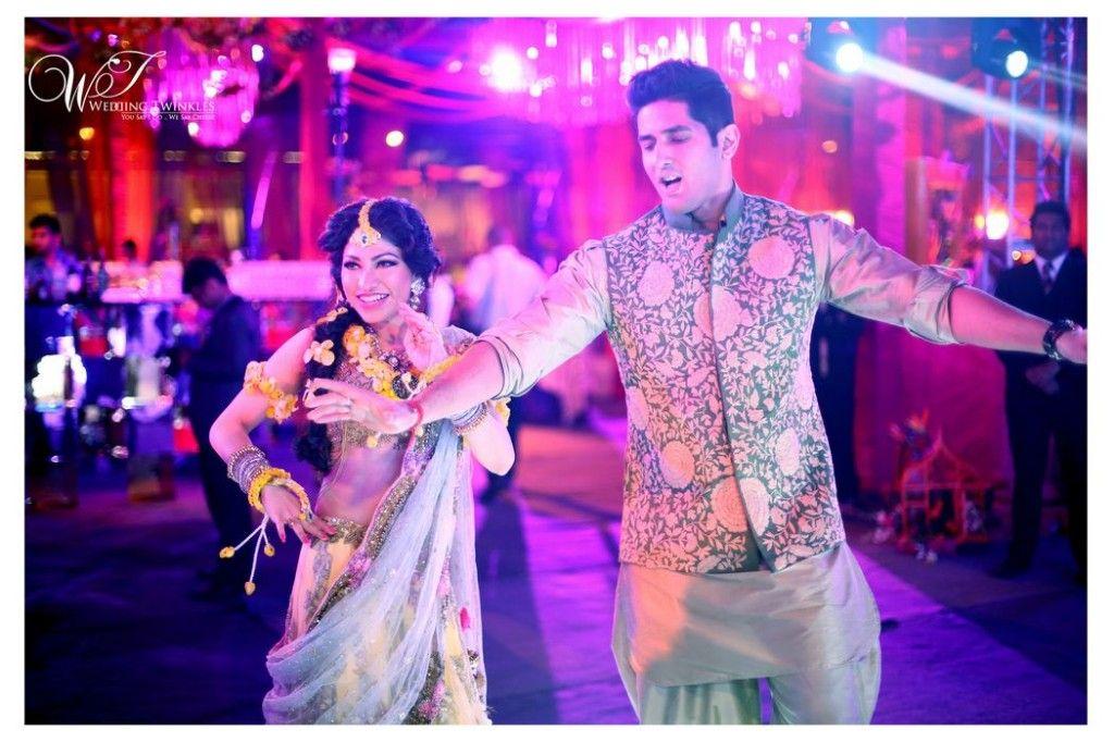 Lujoso Juego Para El Novio En La India Festooning - Vestido de Novia ...