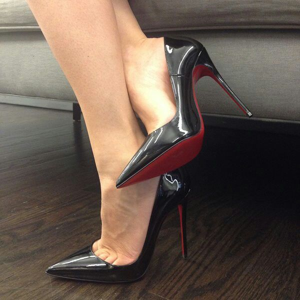 Dangling black patent high heels stilettos with stockings 8