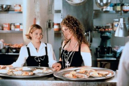The Photo Christine Taylor As Holly And Drew Barrymore Julia In Wedding Singer Has Been Viewed Times