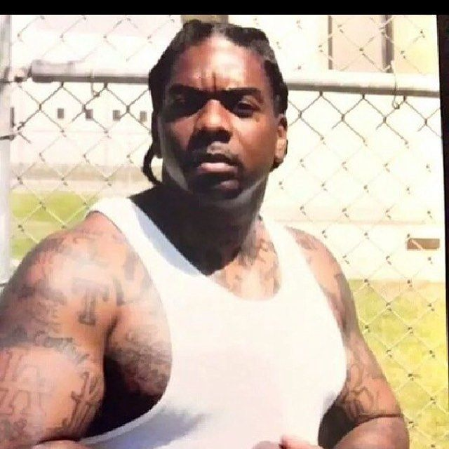 Eight Trey Gangsta Crips.California Rip Ridaz.