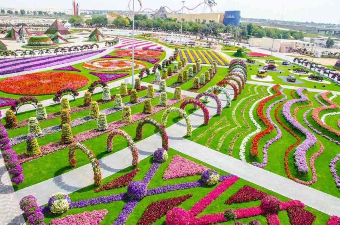 Miracle Garden, Dubai - by Srilatha Sharma - Srilathablog:Flickr