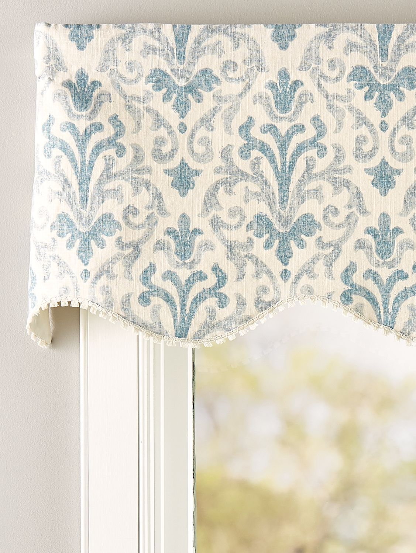 Venetian Brocade Lined Rod Pocket Scalloped Valance In 2020 Window Treatments Living Room Kitchen Window Valances Valance Window Treatments #scalloped #valances #for #living #room