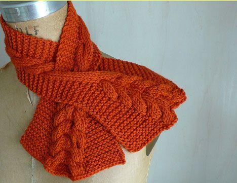free long keyhole knit scarf pattern | Knitting | Pinterest | Knit ...