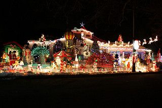 These 14 Places In New Jersey Have The Most Unbelievable Christmas Decorations Decorating With Christmas Lights Christmas Lights Outside Christmas Decorations